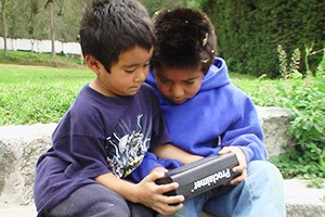 Audio Bible Listening, Children - Ecuador, Americas